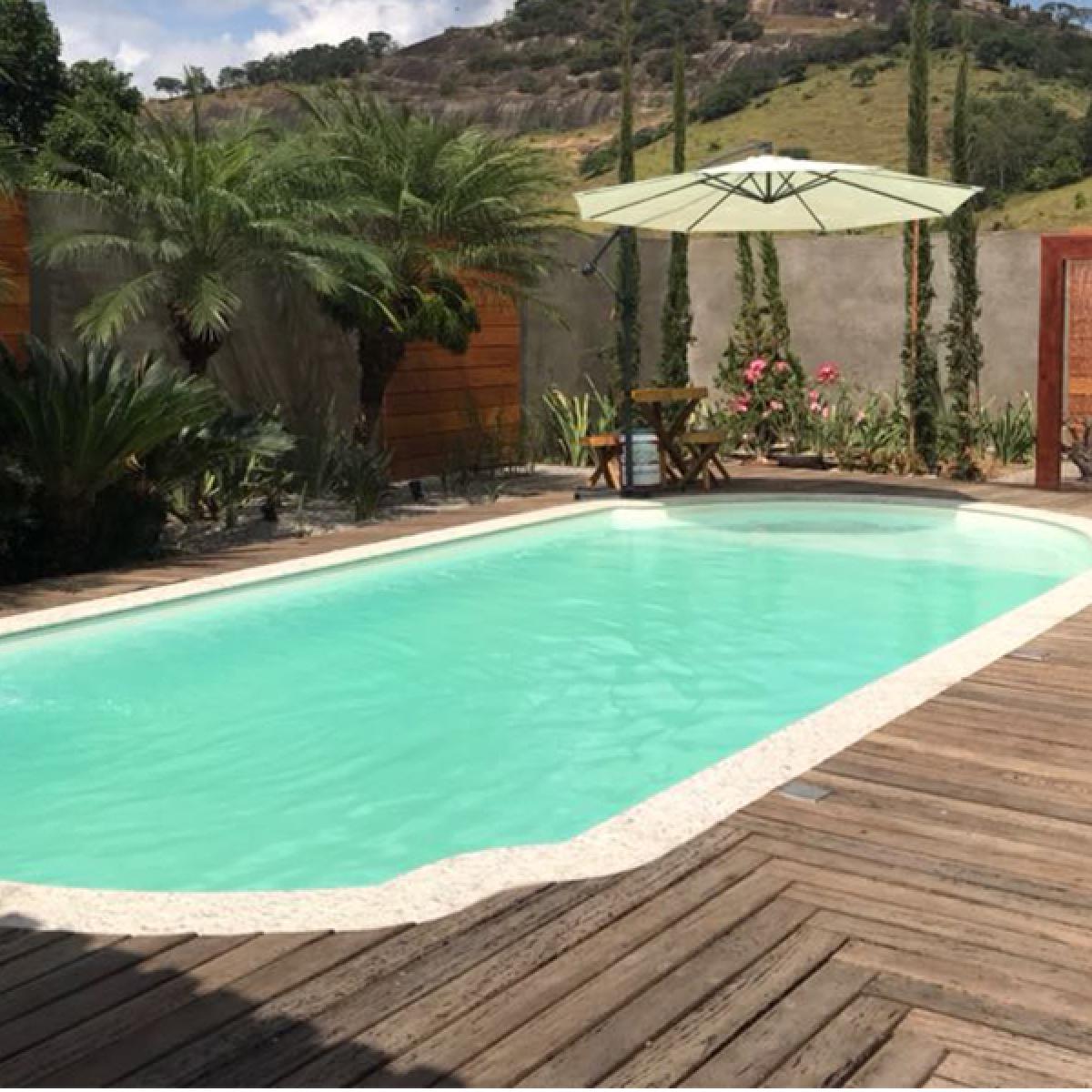 Imagens: Quais as principais vantagens das piscinas de fibra de vidro?